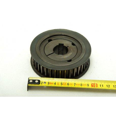 Nº1513. Polea de hierro 155 mm hueco de eje 56 mm
