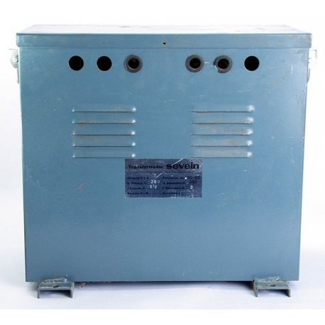 Nº 3573. transformador de aislamiento SEVEIN 2 KVA primario 380V secundario 380V.
