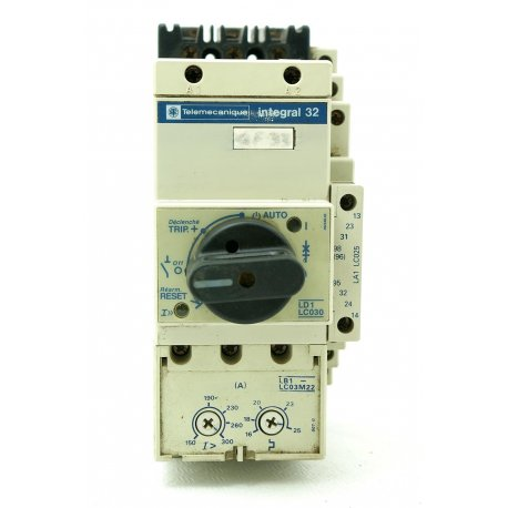 Nº 2046. Arrancador bloque contactor mas disyuntor. TELEMECANIQUE 3P+ 4 AUX. regulable. 16/25A