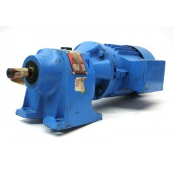 Motor reductor trifásico 380V coaxial CUÑAT motor 0,18Kw SIEMENS 200 RPM finales