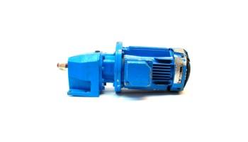 Motorreductor trifásico 380V CUÑAT 0,37 Kw con reductor coaxial CUÑAT 163 RPM finales