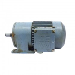 Motorreductor trifásico 220/380v SEW-USOCOME 0,15 kw 67 RPM